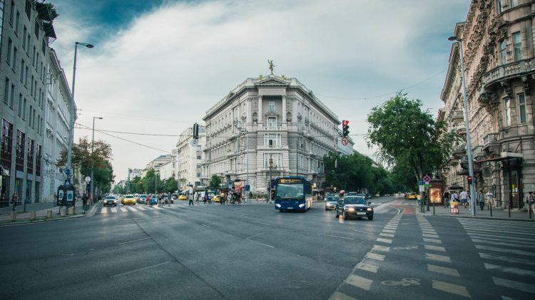 city-street-1149159